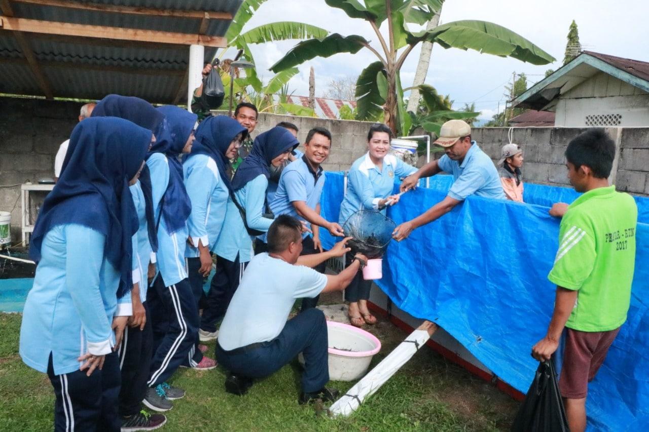 PIA AG Cabang 14/D.1 Lanud Sutan Sjahrir Padang Budidayakan Ikan Lele