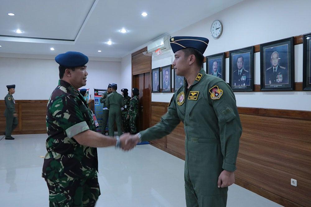 Lettu Pnb Asido Ezra Tridita Siagian Lulus Transisi Pesawat F-16