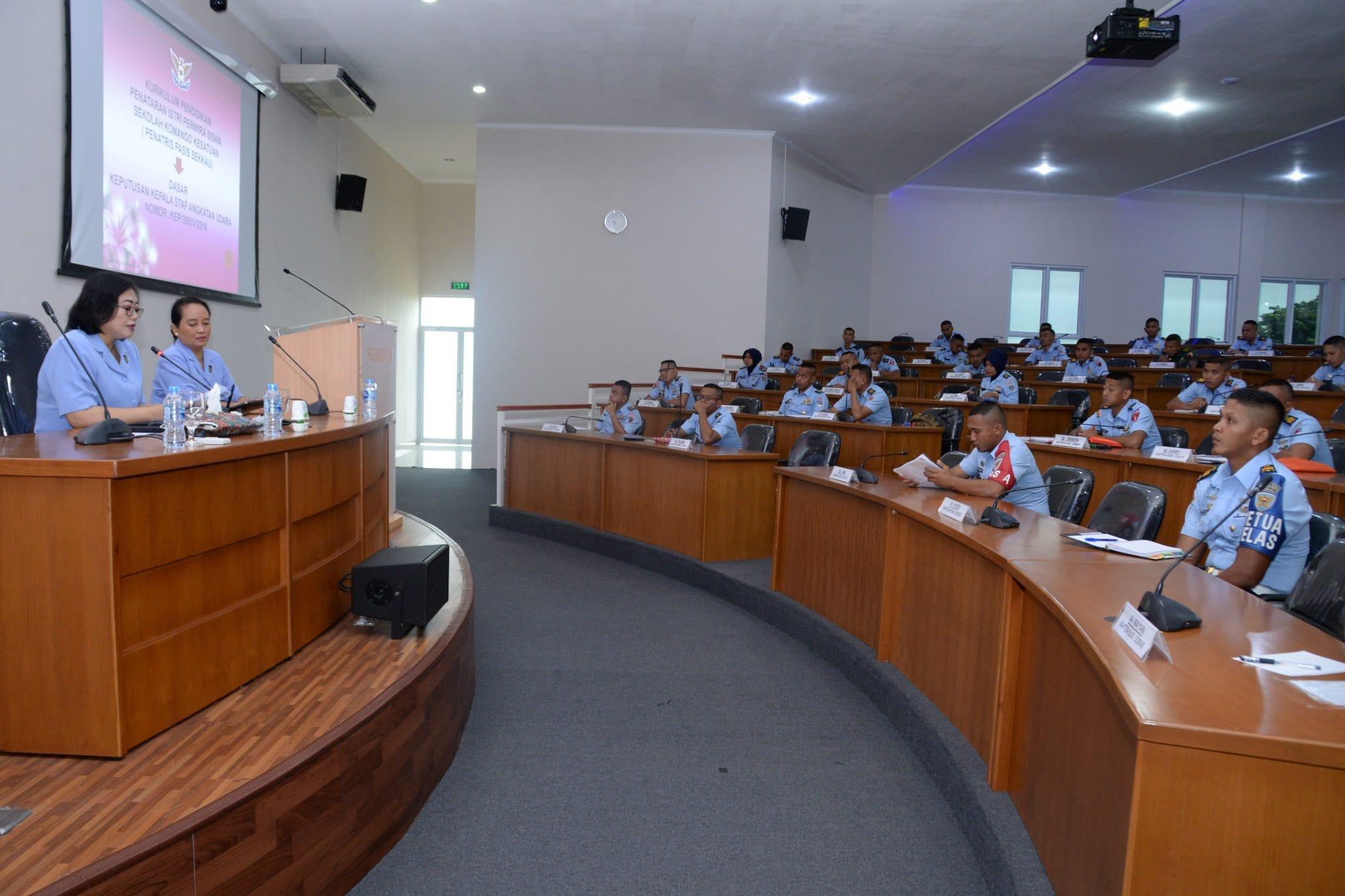 Ketua PIA AG Sekkau Sosialisasi Penatris Pada Pasis Sekkau