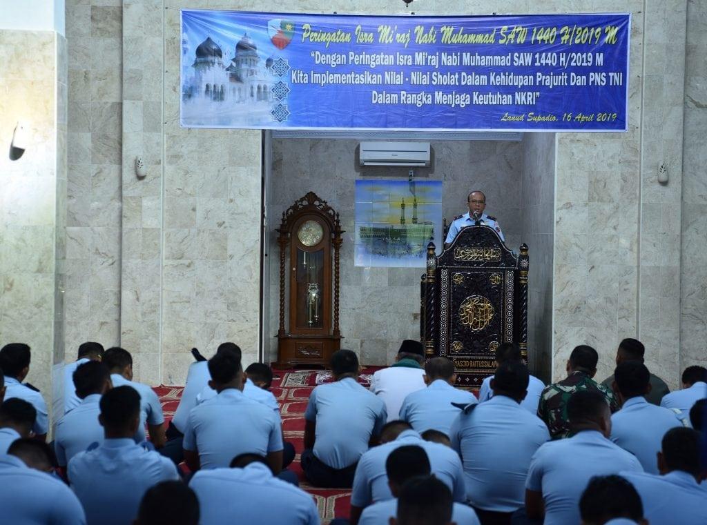Keluarga Besar Lanud Supadio Peringati Isra Mi'raj