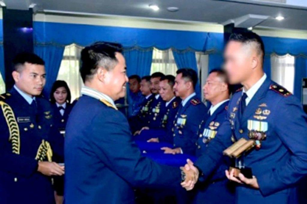 """Buku """"Bakti Baret Jingga"""" Juara 1 Lomba Penulisan Buku Satuan TNI AU 2019"""