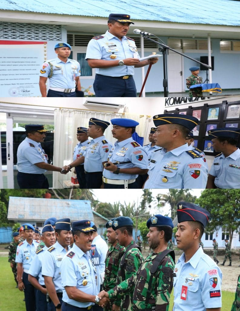 Upacara Kenaikan Pangkat Anggota Lanud Silas Papare Jayapura