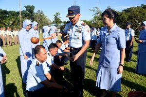 Komandan Lanud Wiriadinata Pimpin Upacara Pelantikan Kenaikan Pangkat