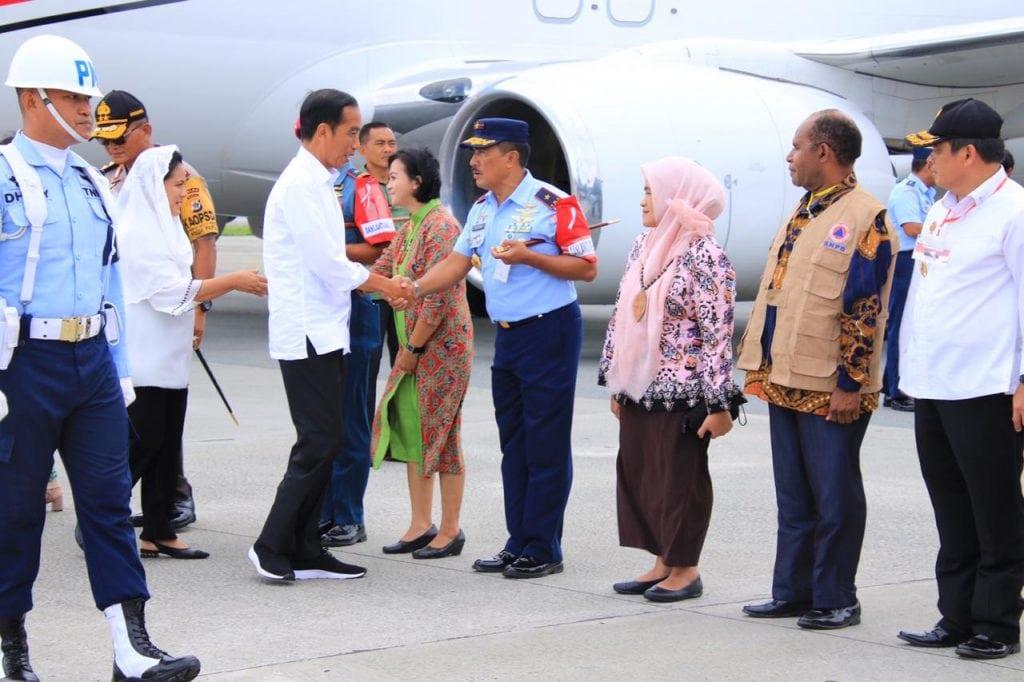 Komandan Lanud Silas Papare Sambut Kedatangan Kunjungan Kerja Presiden RI