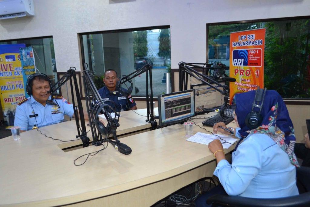 Dialog Interaktif Komandan Lanud Sjamsudin Noor di RRI Banjarmasin