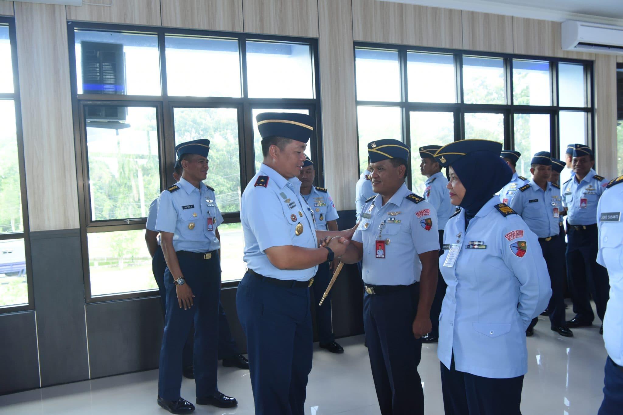 Danlanud Rsn Terima Laporan Korps Kenaikan Pangkat 11 Perwira