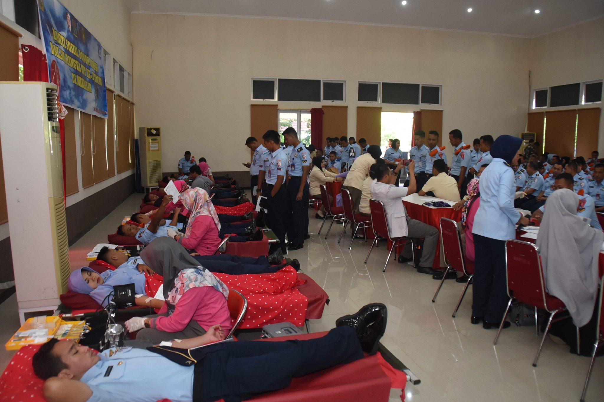 Warga TNI AU Se-Makassar Sumbang Darah