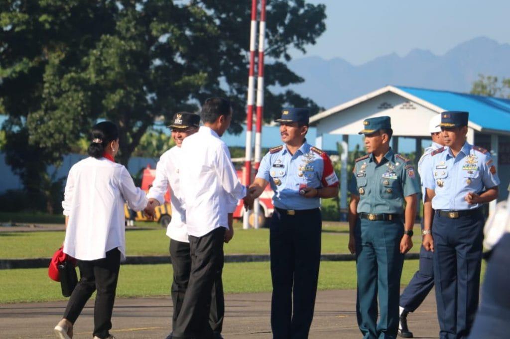 Presiden RI Take Off dari Lanud Soewondo Menggunakan Heli TNI AU