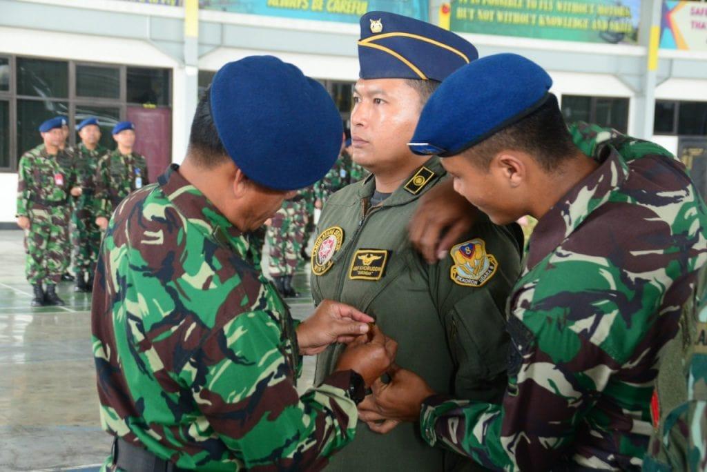 Latihan Combat SAR, Rocketing, dan Gunnering Pesawat Helikopter di Tutup
