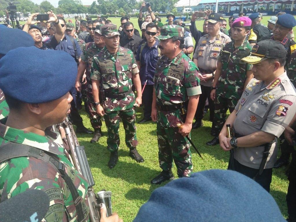 Panglima TNI dan Kapolri Hadiri Apel Gabungan TNI Polri di Lanud Adi Soemarmo