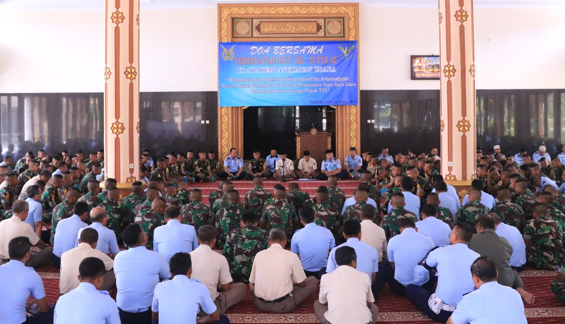 Peringati HUT ke-73 TNI AU, AAU Gelar Do'a Bersama