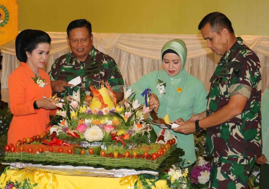 Peringatan HUT Dharma Pertiwi ke 55 di Palembang