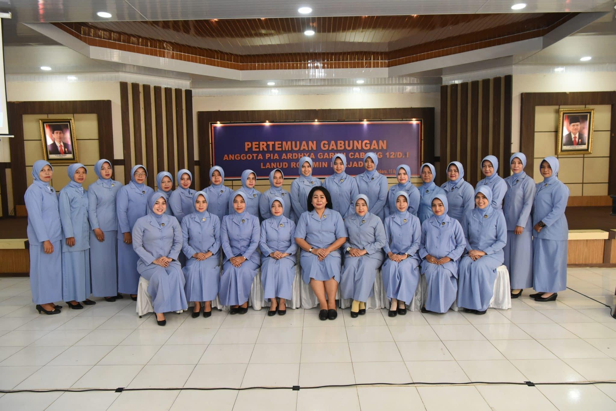 Ny. Irenne Moningka Jalin Silaturrahmi dengan Anggota PIA Ardhya Garini