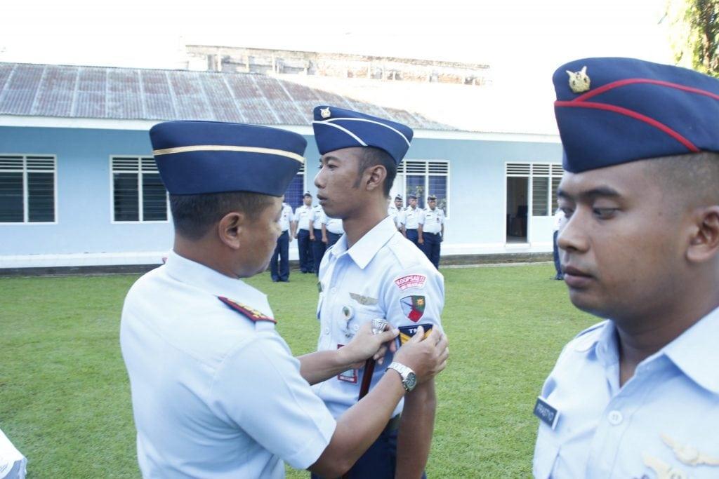 Upacara Kenaikan Pangkat Anggota Lanud Sam Ratulangi