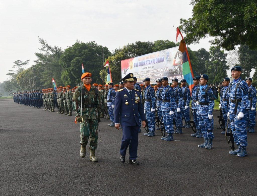 Peringatan ke-73 hari Jadi TNI AU di Lanud Sulaiman