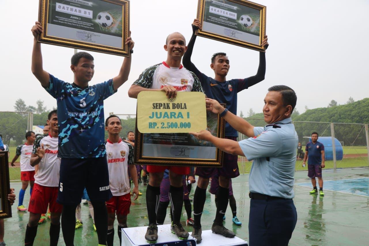 Denmatra 2 Paskhas Raih Juara 1 Sepak Bola Antar Satuan di Lanud Abd Saleh