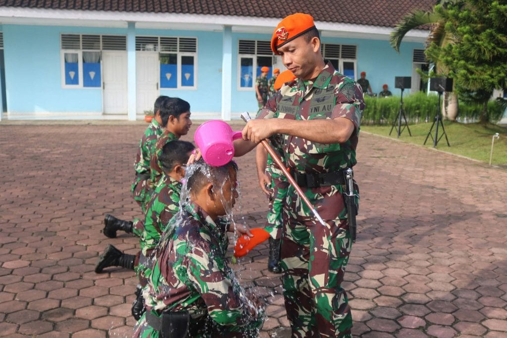 Upacara Korps Raport Kenaikan Pangkat Detasemen Matra 2 Paskhas