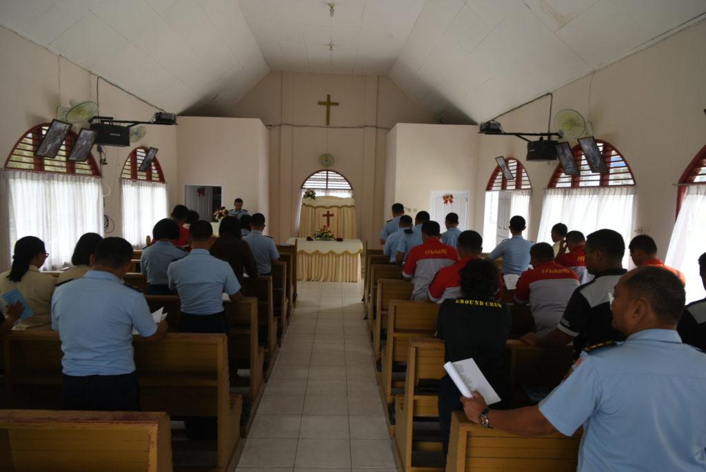 Umat Kristen Lanud Rsn Lakukan Ibadah Bersama 1