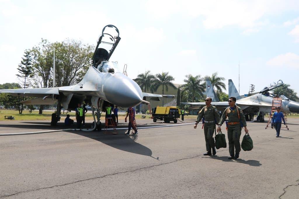 Pesawat Tempur Sukhoi Su-27 Dan Su 30 Tni Au Latihan Pendahuluan Di Lanud Abdulrachman Saleh