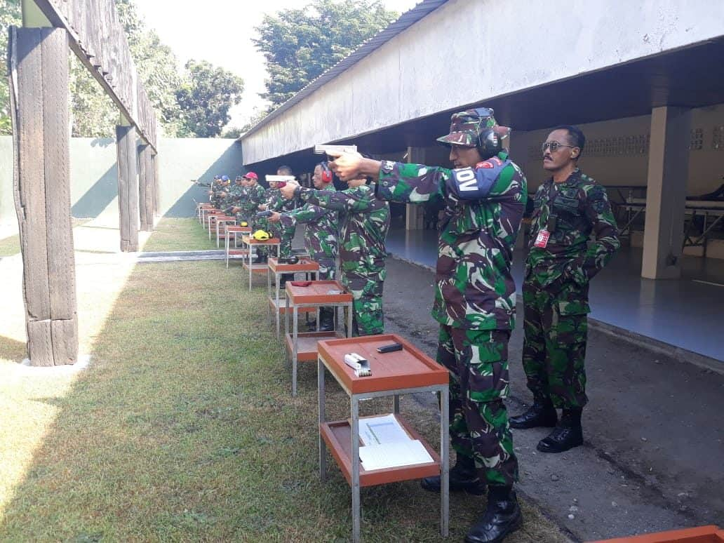 Latihan Menembak Asah Kemampuan Dan Profesionalisme Anggota Lanud Adisutjipto