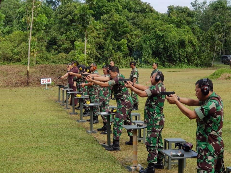 Kadislog Lanud Rsn: Perwira Tuntut Mahir Menggunakan Pistol