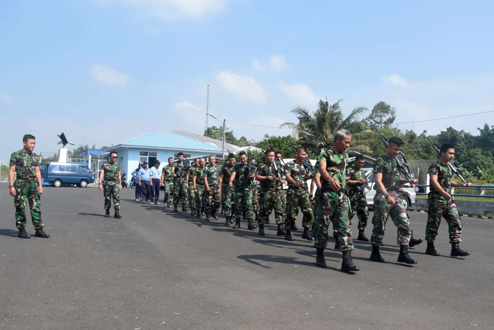 Komandan Lanud Wiriadinata Pimpin Lari Siang