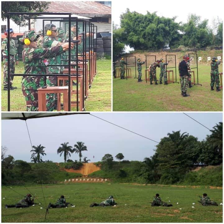 Asah Kemampuan, Prajurit Lanud Soewondo Latihan Menembak