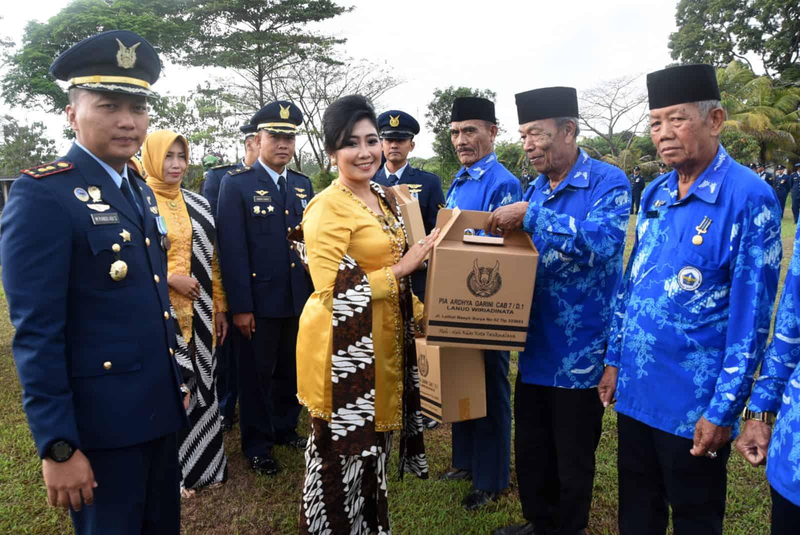 Komandan Lanud Wiriadinata Pimpin Upacara Ke – 72 Hari Bakti Tni Angkatan Udara