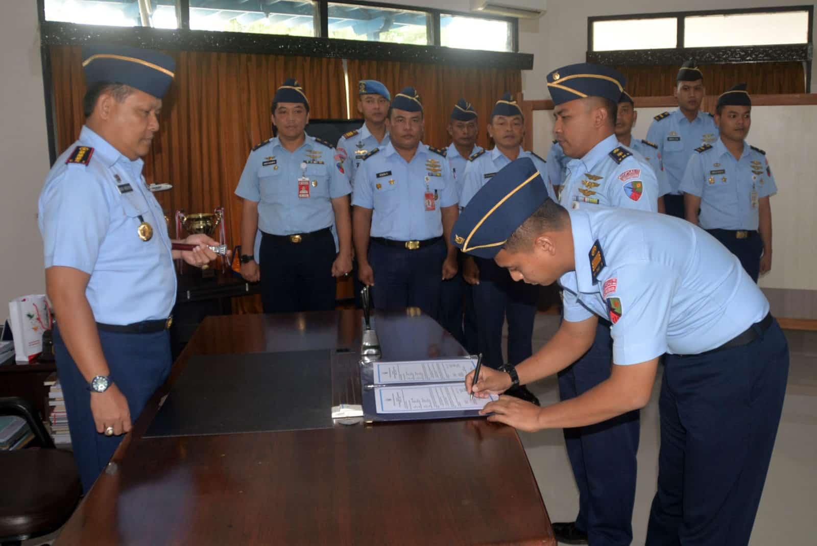 Jabatan Kepala Dinas Logistik Lanud Sjamsudin Noor Diserahterimakan