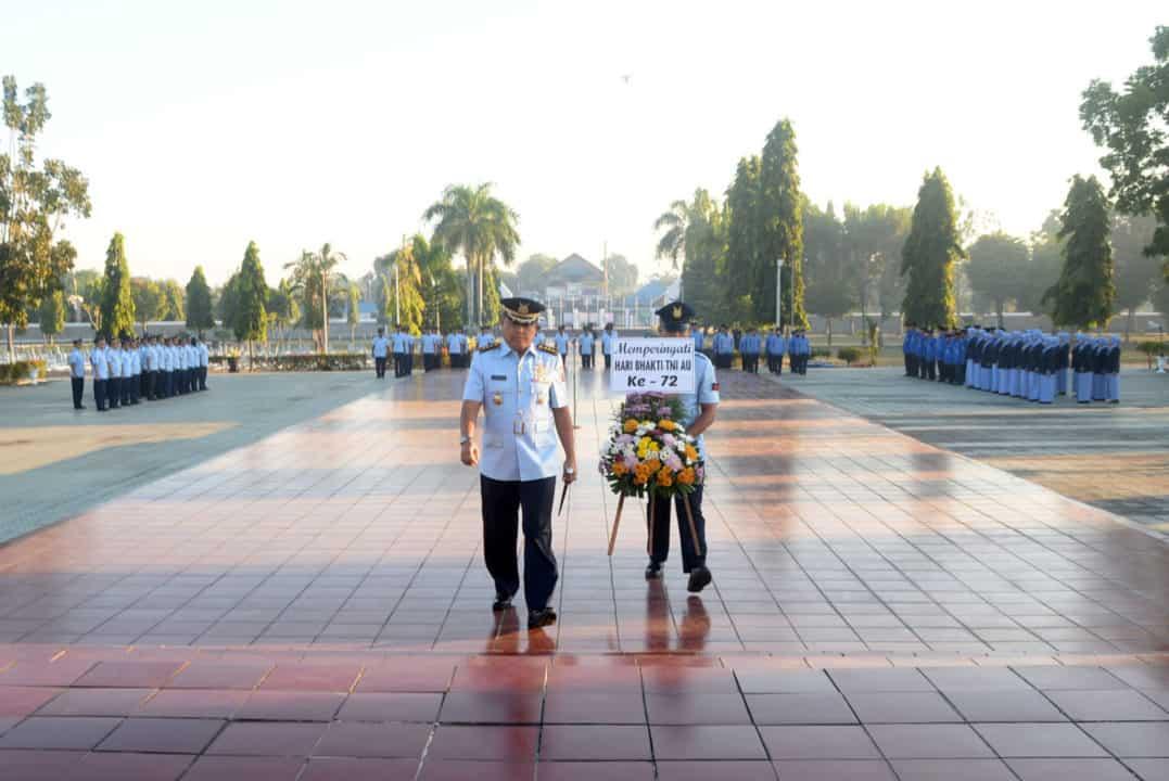 Lanud Sjamsudin Noor Laksanakan Ziarah Rombongan Di Tmp Bumi Kencana Banjarmasin Memperingati Hari Bakti Tni Au Ke-72