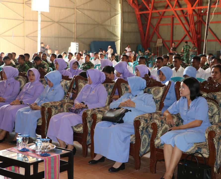 Ceramah Tentang Penyakit Hiv/aids Di Lanud El Tari