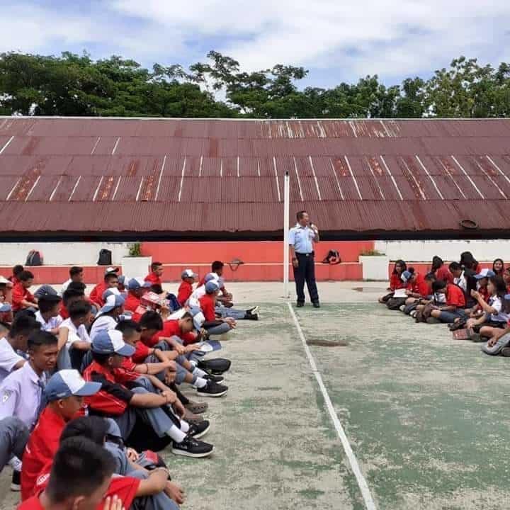 Pembekalan Karakter Kebangsaan Dan Pengenalan Olahraga Dirgantara Di Smkn 1 Airmadidi Kabupaten Minahasa