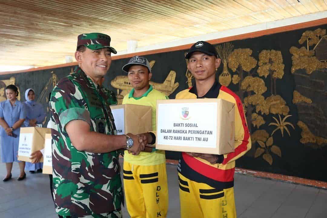 Pemberian Tali Asih Dari Kasau Ke Pasukan Kuning Dan Pondok Pesantren