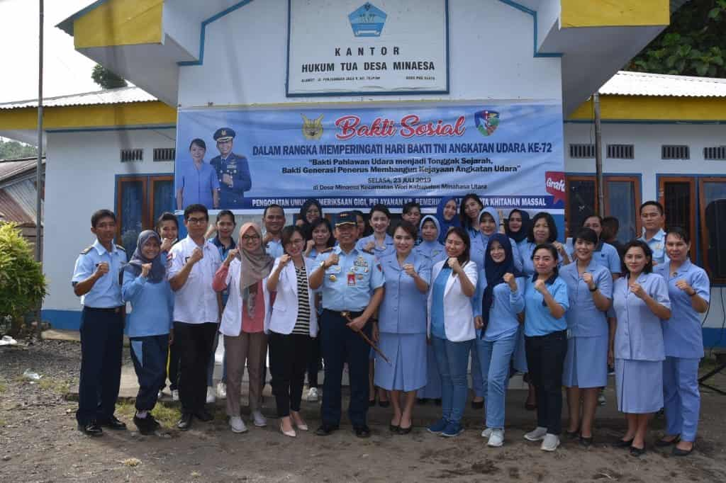 Bakti Sosial dalam Rangka Hari Bakti TNI AU ke 72 di Desa Minaesa Kabupaten Minahasa Utara
