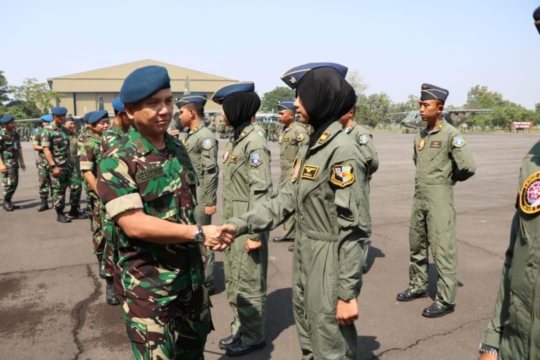 Dua Penerbang Wara Lanud Abdulrachman Saleh Jalani Pendidikan Transisi Penerbang Pesawat Angkut