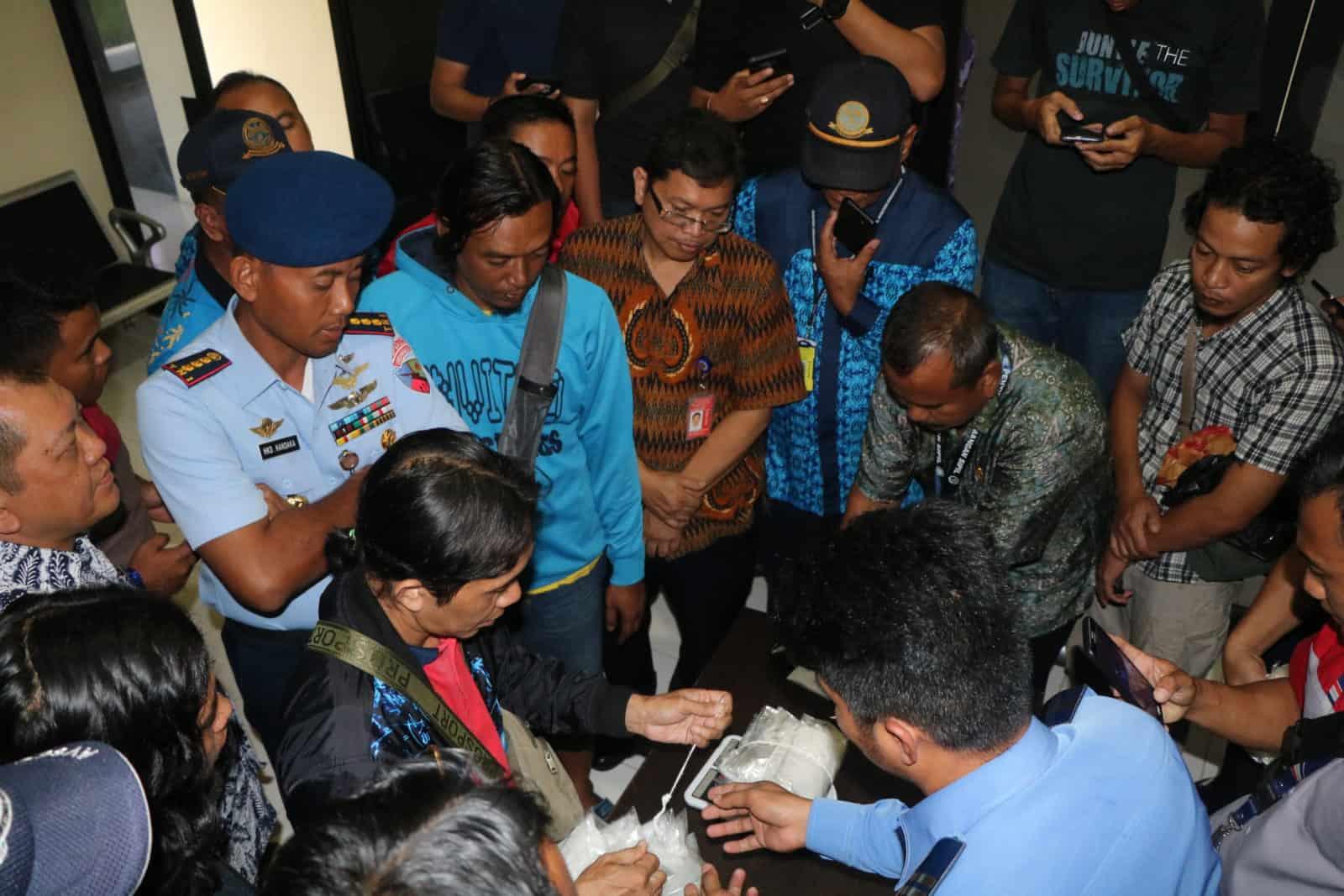 Personel Lanud Anang Busra Gagalkan Penyelundupan Sabu Di Bandara Juwata Tarakan