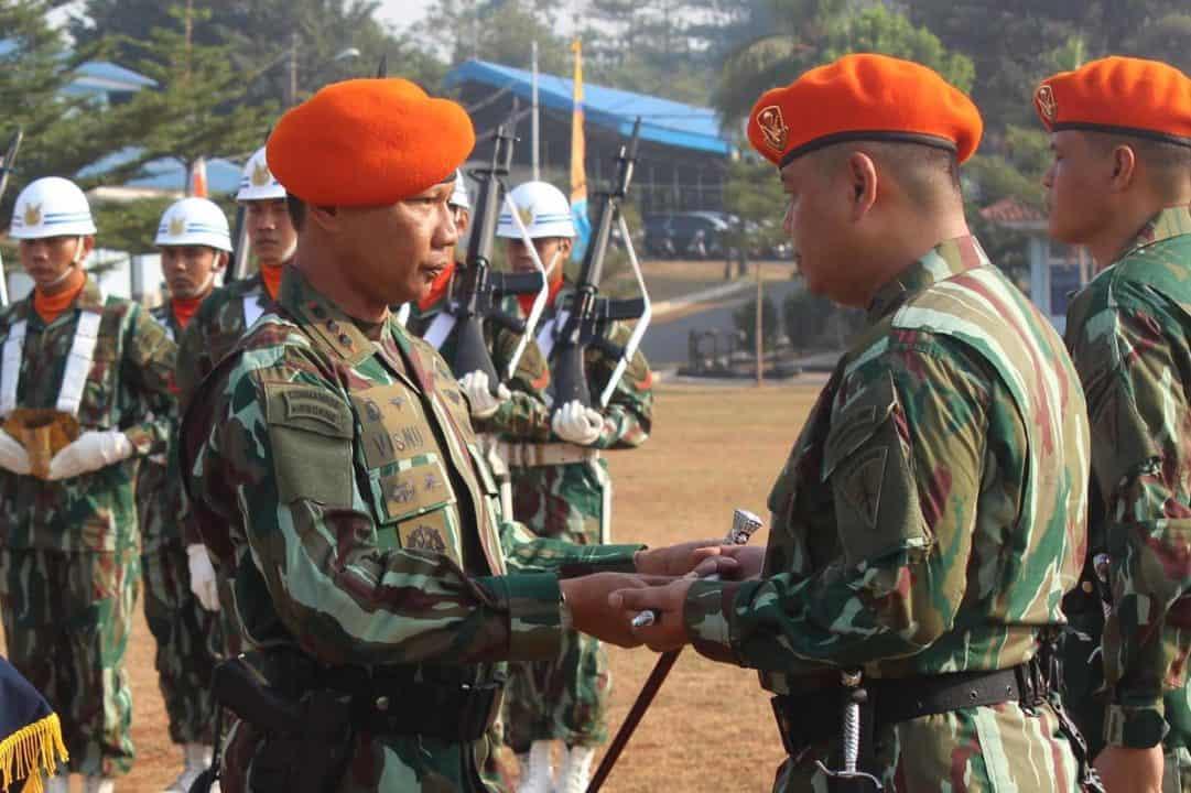 Tongkat Kepemimpinan Komandan Yonko 467 Paskhas Diserahterimakan