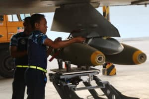 """26 Pesawat Tempur Lanud Iswahjudi Siap """"hujani"""" Bom"""