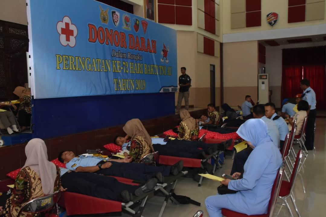Prajurit TNI Angkatan Udara Sumbang 152 Kantong Darah