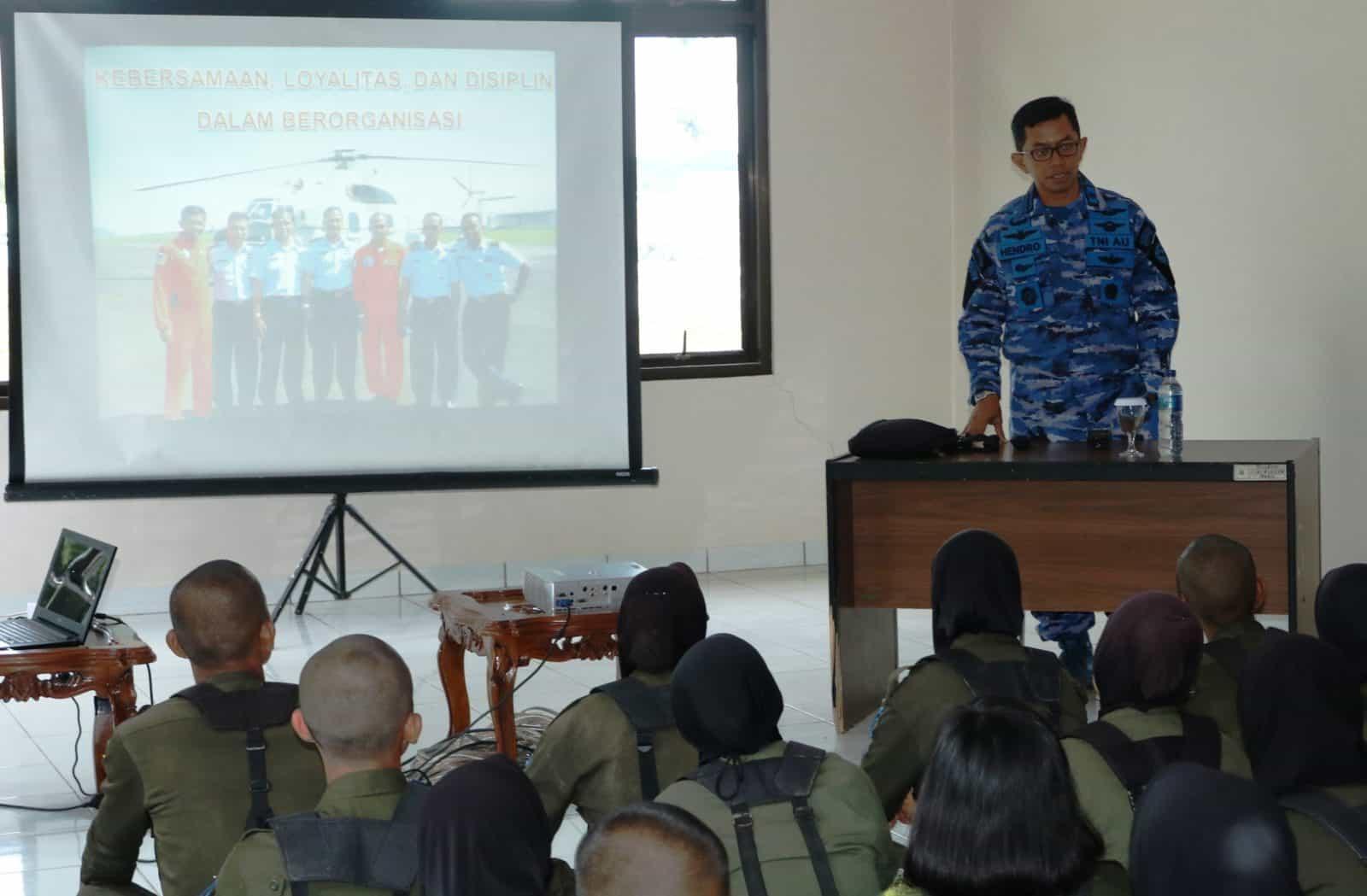 Danlanud Sim : Jiwa Korsa Harus Tumbuh Dalam Resimen Mahasiswa