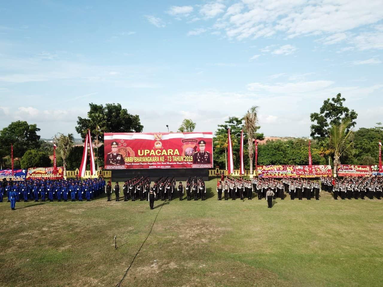 Danlanud Rhf Hadiri Upacara Hut Bhayangkara Ke-73 Di Mapolda Kepri