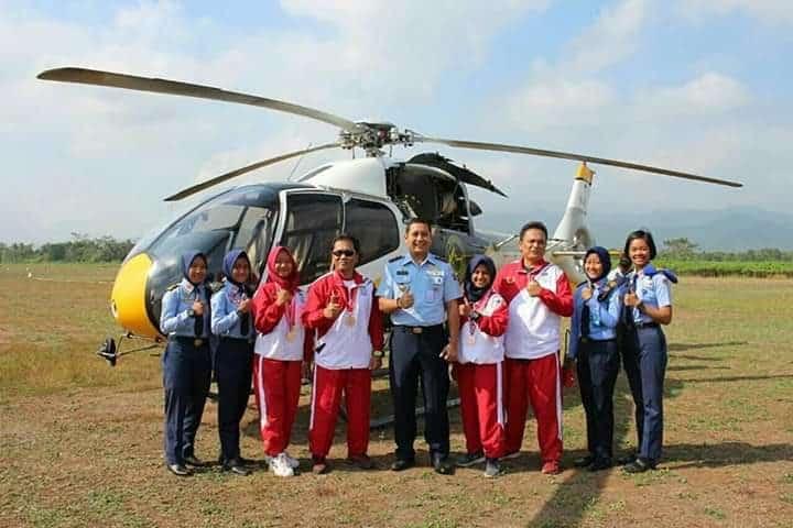 Atlit Aeromodeling Pelajar Putri Binaan Lanud Jbs Harumkan Purbalingga Dikejuaraan Liga Nasional 2019