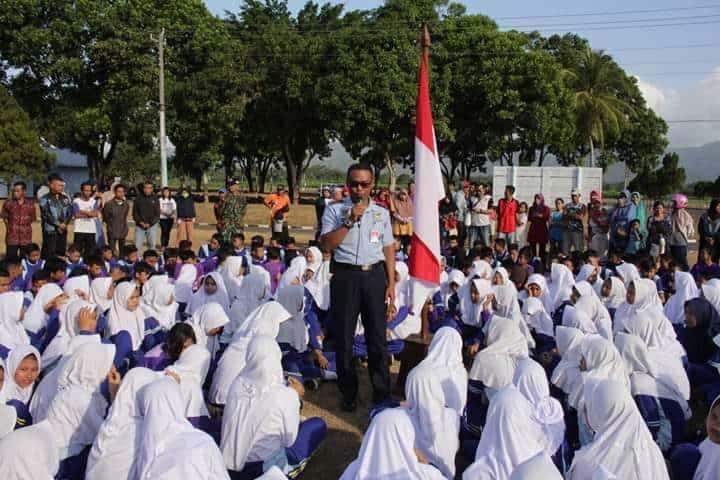 455 Siswa Smp Negeri 2 Bukateja Purbalingga Mengikuti Kegiatan Penguatan Karakter Disiplin Siswa Di Lanud J.b. Soedirman