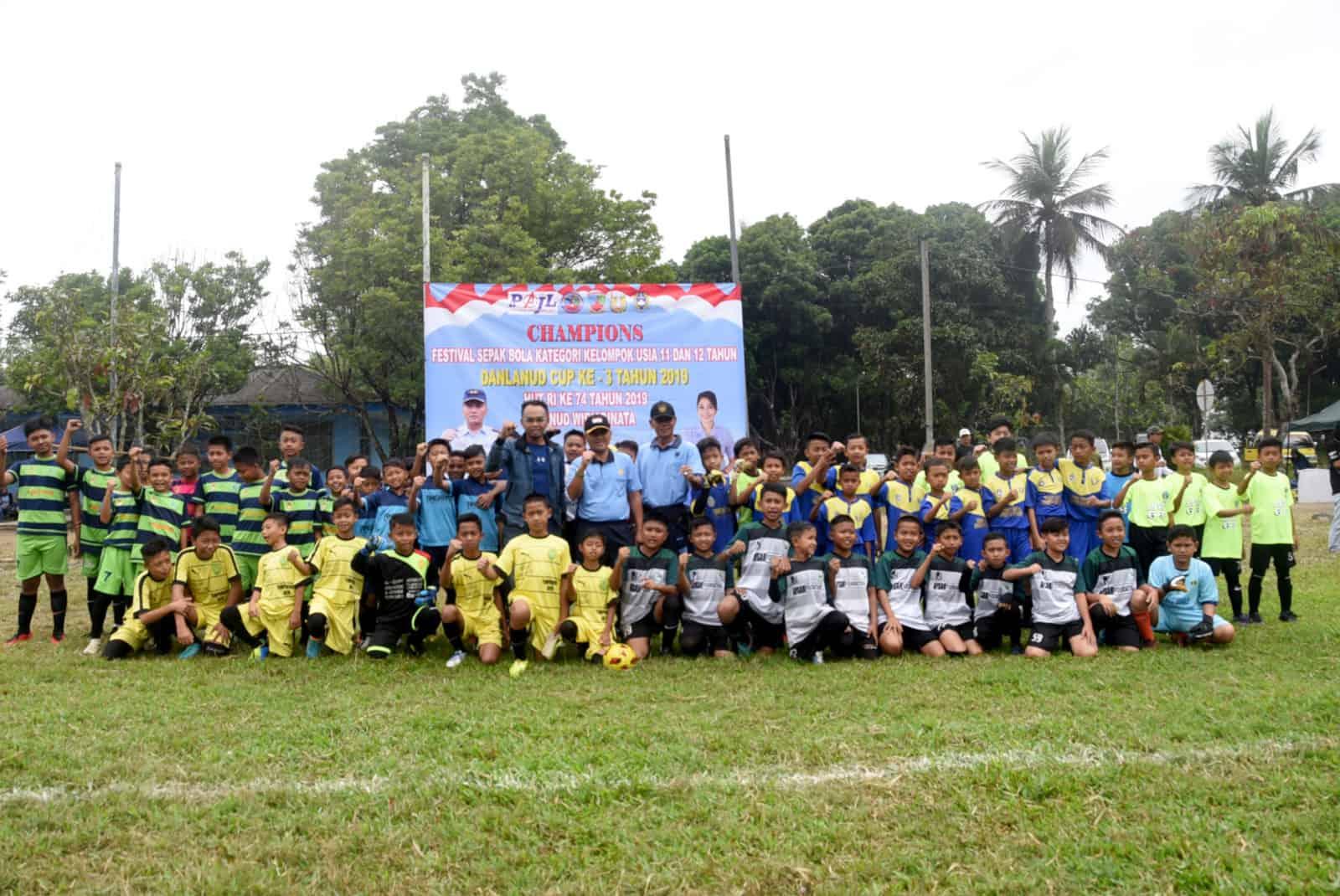 Lanud Wiriadinata Gelar Festival Sepak Bola Danlanud Cup Ke – 3 Tahun 2019