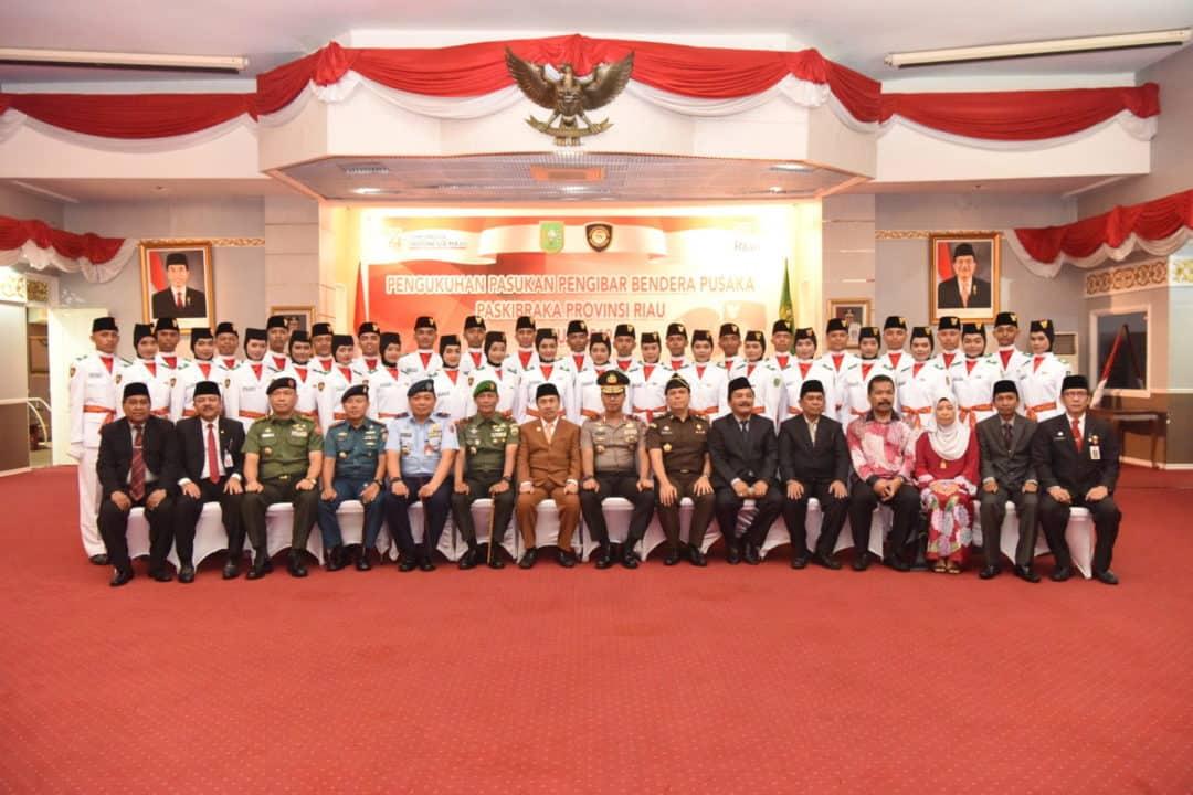 Danlanud Rsn Hadiri Pengukuhan Paskibra Provinsi Riau