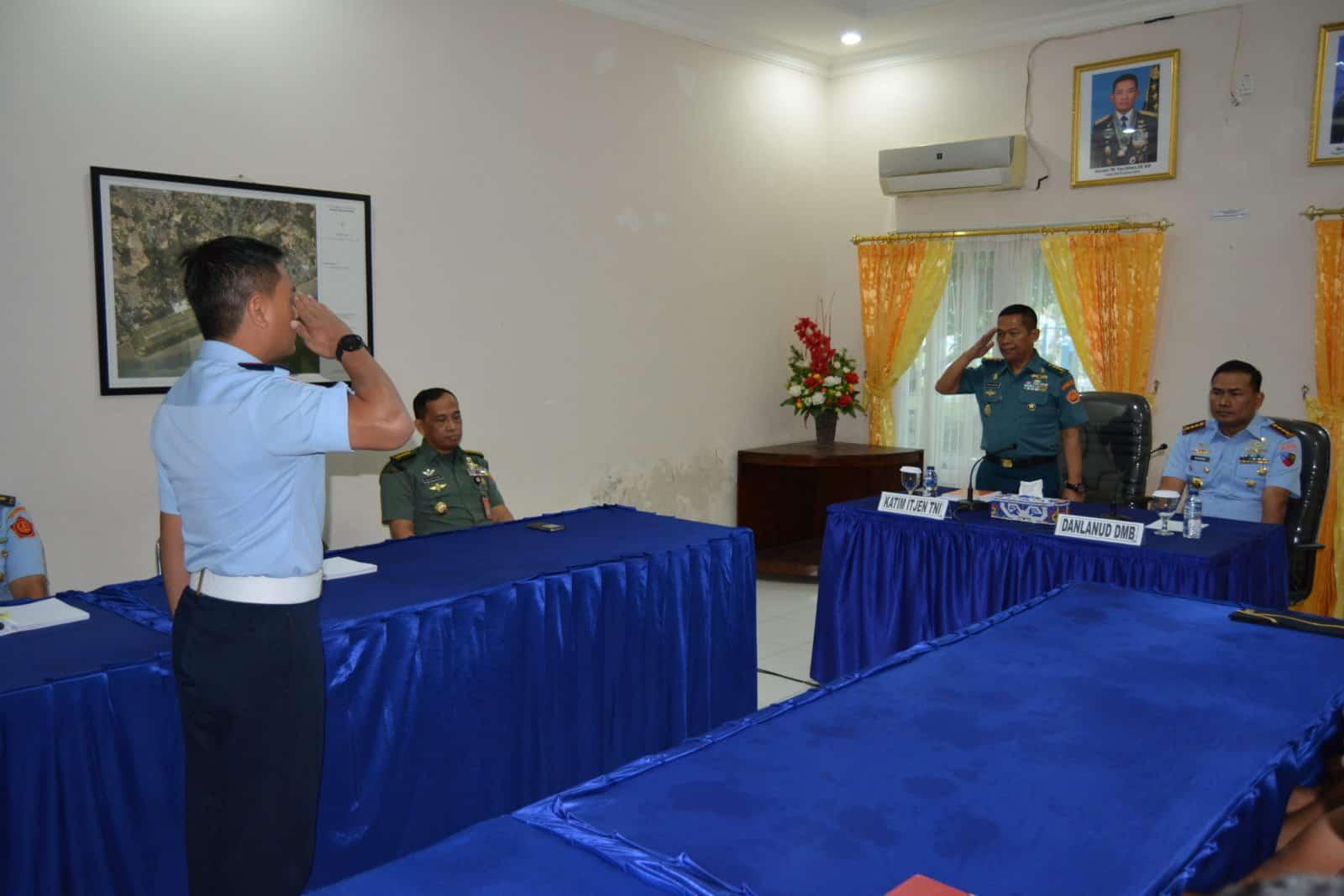 Wasrik Itjen TNI di Lanud Dhomber