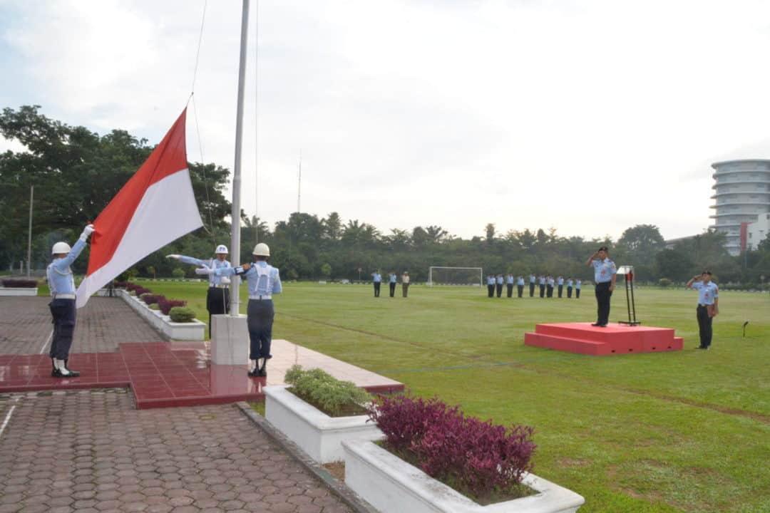 Upacara Bendera Mingguan Bulan Agustus 2019 Di Makosekhanudnas Iii