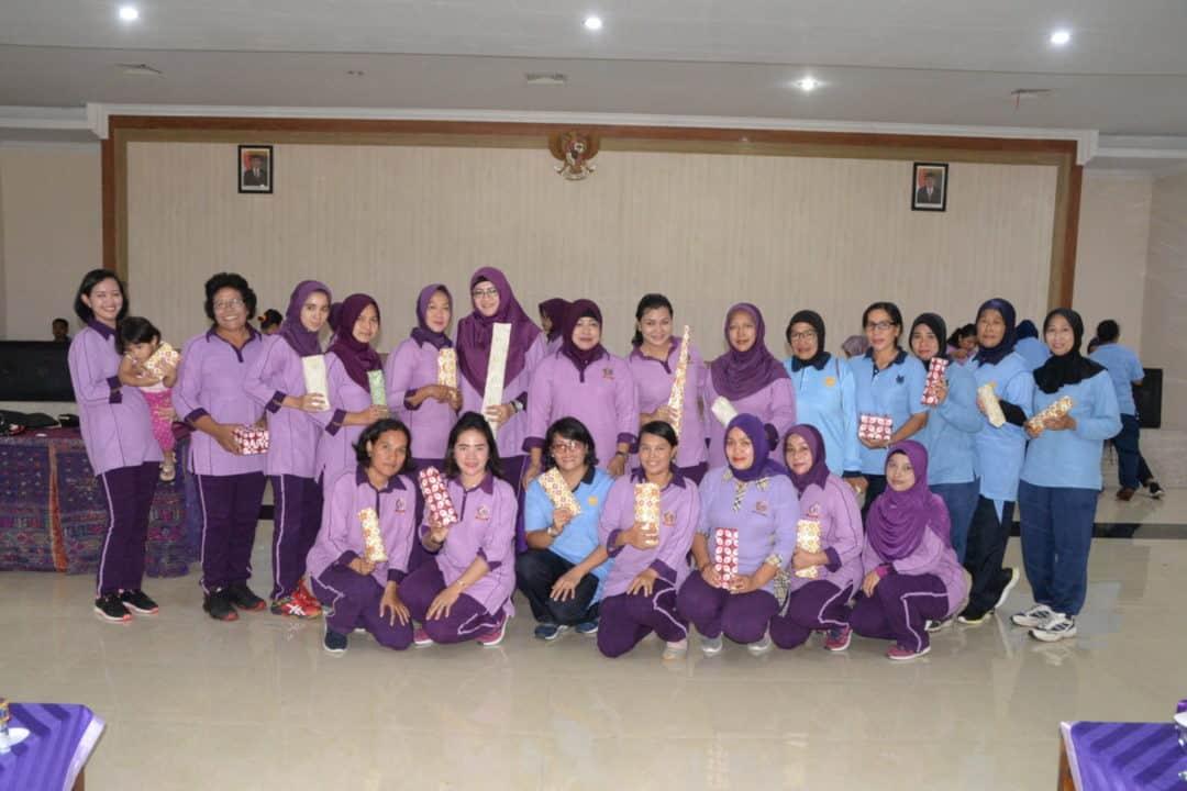 Pertemuan Rutin IKKT PWA Cabang 04-Kosekhanudnas III Adakan Olahraga Bersama