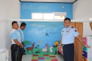 Komandan Lanud Dhomber Kunjungi TK Angkasa
