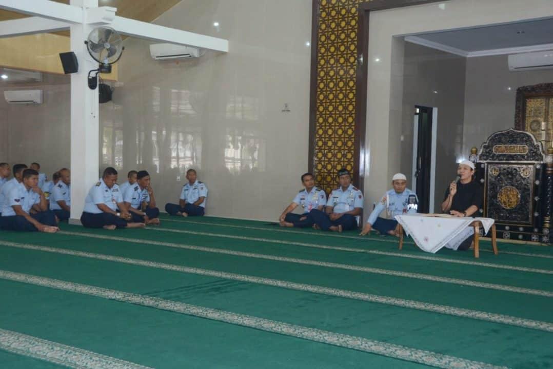 Ceramah Agama digelar di Masjid Abdurrochim Lanud Adisutjipto